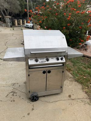 Propane grill for Sale in Salinas, CA