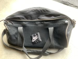 Nike Duffle Bag Vintage for Sale in Vernon Hills, IL