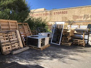 Free wood pallets. for Sale in Vista, CA
