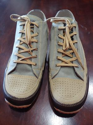 Orvis Mens Leather & Canvas Sneakers Deck Shoes11.5 US Only used once $75 for Sale in Los Angeles, CA