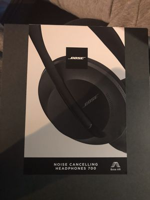 BOSE Noise Cancelling Headphones 700 for Sale in Boston, MA