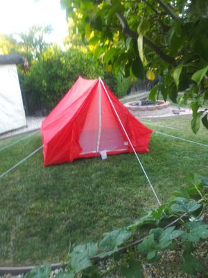 "2 PERSON TENT, BY ""AMERICAN CAMPER"" for Sale in Pittsburg, CA"