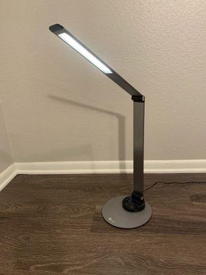 Taotronic desk lamp/ light for Sale in Santa Clarita, CA