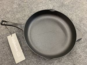 Calphalon pre seasoned cast iron skillet for Sale in Fort Worth, TX