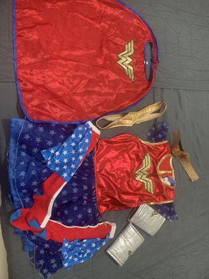 Girl Wonder Woman costume size L for Sale in Hialeah, FL