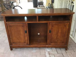 Wood stand, 60x39x20 for Sale in Peoria, AZ