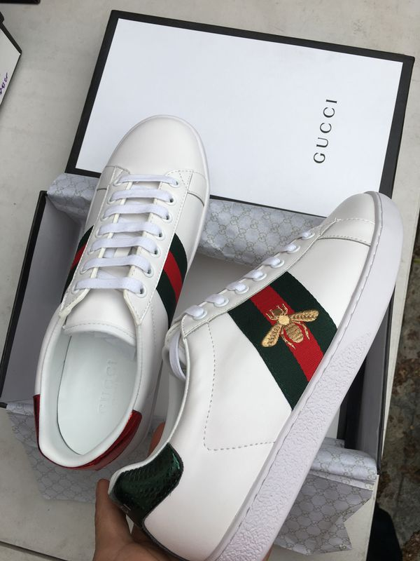 White Gucci Embroidered Bee 🐝😎