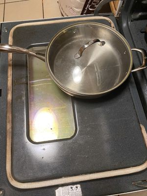 Cooking Pots and pans and skillet and Dutch oven for Sale in Brooklyn, NY