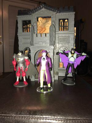 1990's Wayne Manor with Batman and Joker figures for Sale in Gilbert, AZ