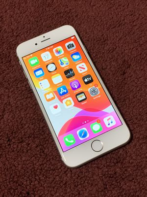 IPhone 📲 6s 16GB Factory Unlocked for Sale in Corona, CA