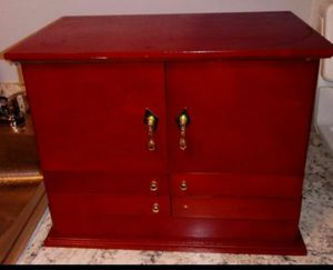 Jewelry Box for Sale in Wethersfield, CT