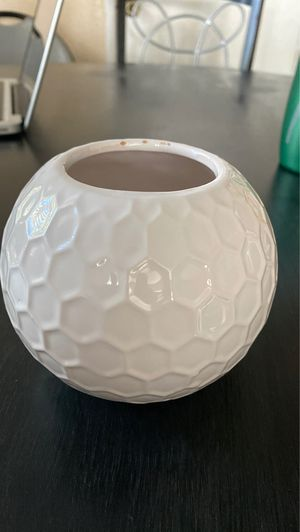 Plant pot for Sale in Fontana, CA