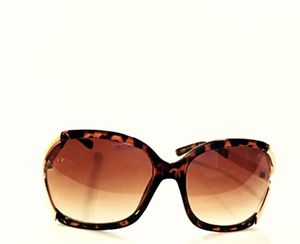 A Little Indiscretion Women Sunglasses for Sale in Maricopa, AZ