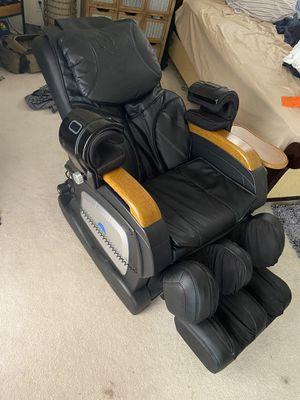 Full body massage chair! for Sale in Las Vegas, NV