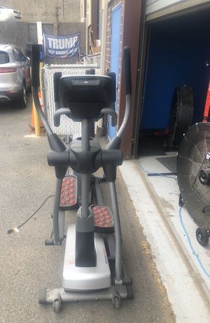 """Pro - Form 20""""/22"""" Power Stride Elliptical for Sale in Staten Island, NY"""