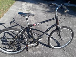 "New Raleigh Venture Comfort bike, 26"" tires, 20"" frame. for Sale in Wesley Chapel, FL"