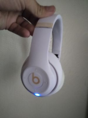 BEATS by Dre for Sale in Ontario, CA