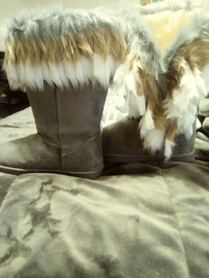 Winter boots amd black rain boots for Sale in Post Falls, ID