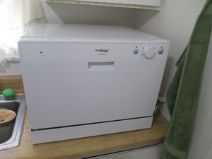 Dishwasher portable, mini, countertop for Sale in Pasadena, CA