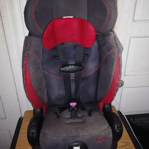 Evenflo Booster Car Seat for Sale in Los Angeles, CA