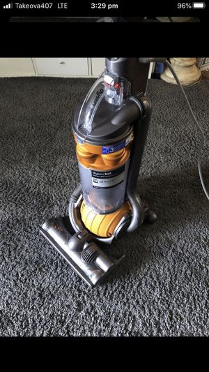 Dyson DC 25 Vaccum. Works Great! for Sale in DeBary, FL