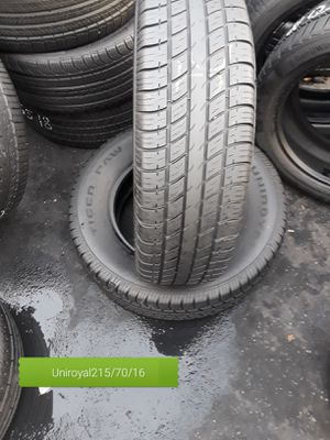 2 used tire uniroyal 215/70/16 for Sale in Washington, DC