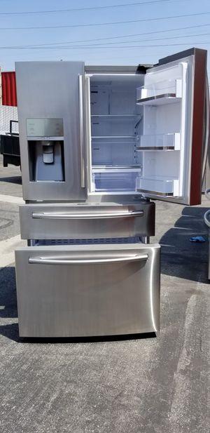 Refrigerador Samsung counter depth for Sale in Los Angeles, CA