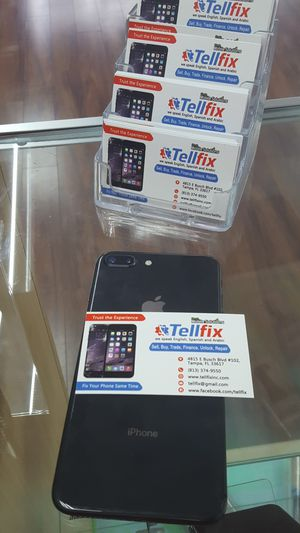 IPhone 8 PLUS 64GB unlocked for Sale in Tampa, FL