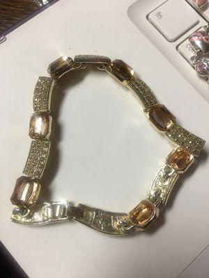 Gold bracelet for Sale in Milledgeville, GA