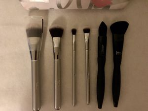 It cosmetics makeup brushes for Sale in Philadelphia, PA
