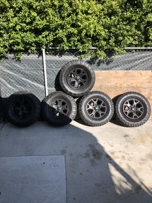 Tires and rims for 18 Jeep JL for Sale in Downey, CA