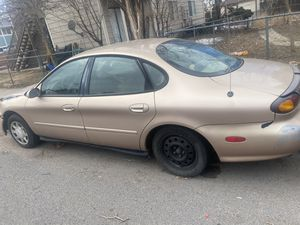 1996 Ford Taurus for Sale in Colorado Springs, CO