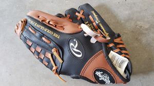 Kids Baseball glove. Like NEW for Sale in Port Orchard, WA