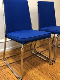 Vintage Mid Venture Modern Chairs for Sale in Philadelphia,  PA