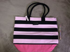 NEW!! Victoria's Secret large tote Pink stripped for Sale in NO POTOMAC, MD