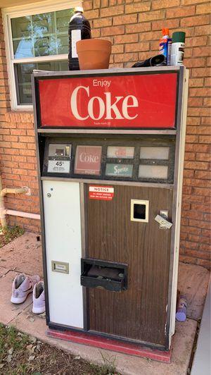 Antique coke machine for Sale in Midland, TX