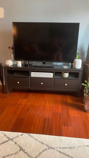 Pottery barn tv stand for Sale in Portland, OR