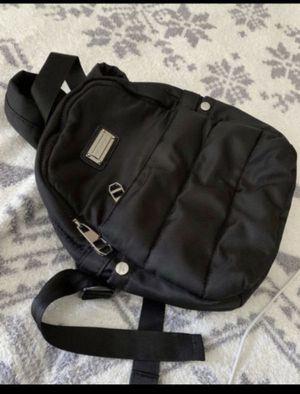 Black backpack 🎒 6 pockets, (madden girl) for Sale in Everett, WA