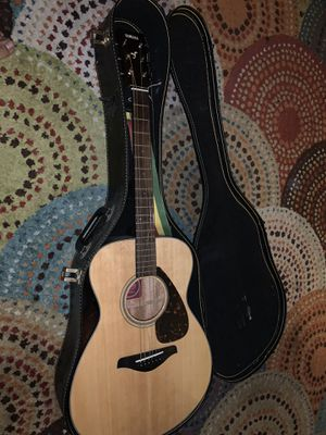 Yamaha acoustic guitar for Sale in Long Beach, CA