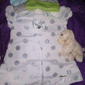 $20 A Piece 5 Beautiful Baby Dresses W/Accessories for Sale in Tumwater, WA