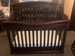 Sorelle Torino 4-in-1 Convertible Crib in Cherry w/ Mattress - Best Offer for Sale in Staten Island, NY
