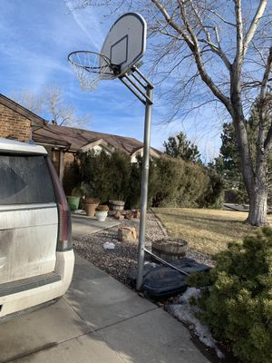 Basketball hoop for Sale in Thornton, CO