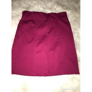 Pencil skirt- Forever 21 for Sale in MONTGOMRY VLG, MD