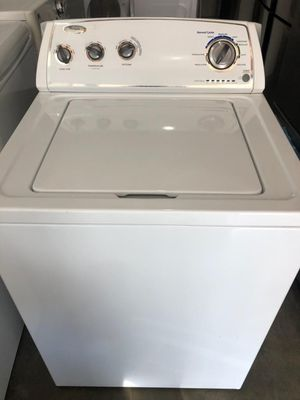 LIKE NEW !! WHIRLPOOL TOP LOAD WASHER for Sale in West Covina, CA