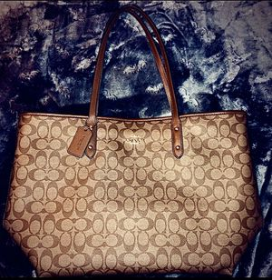 NEW Coach Signature Brown Large Tote for Sale in San Jose, CA