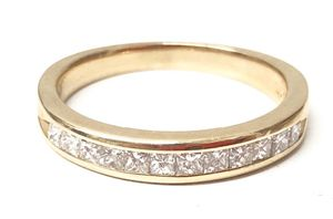 Women's Wedding band 14Kt Yellow Gold for Sale in Margate, FL