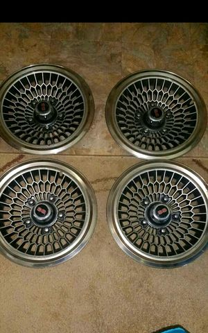 Vintage rare 1970's Chevy honeycomb style 14 inch hubcaps for Sale in Belleview, FL