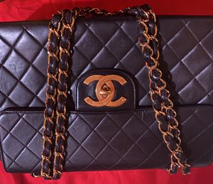 Chanel bag for Sale in Fairburn, GA