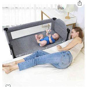 4 in 1 Baby Beside Sleeper Bassinet for Sale in Glendale, CA
