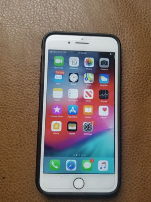 Apple T-mobile/Metropcs iPhone 8 plus 64gb for Sale in Norcross, GA